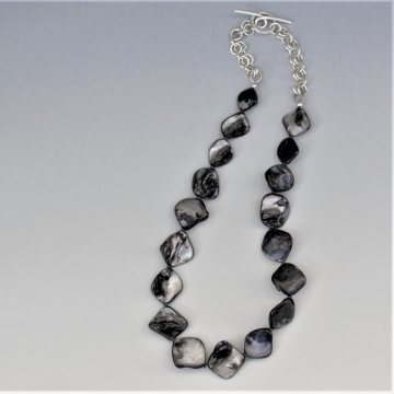 Shell Necklace - Black